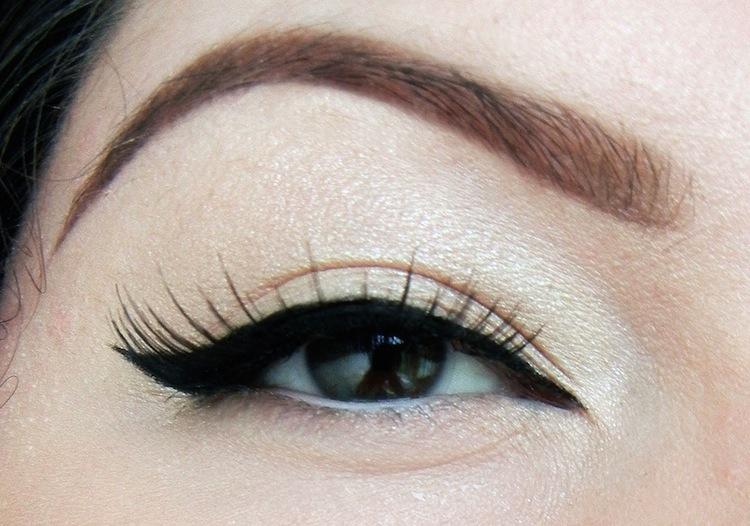 winged_eyeliner